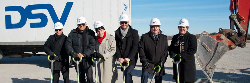 DSV Canada inaugure les travaux sur le site où se trouvera le nouvel établissement d'une superficie de 1,1 million de pieds carrés