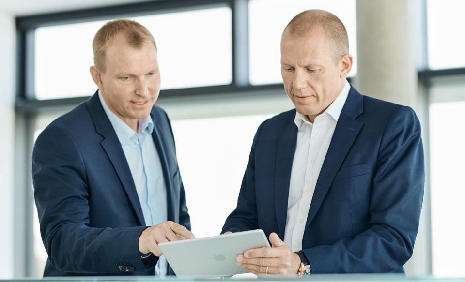 DSV CEO Jens Bjørn Andersen and CIO Jesper Riis 2018