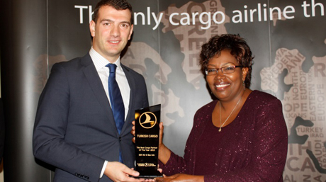 Turkish Airlines Best Cargo Partner 2015 Award Esther Kabugi DSV Fresh Nairobi Kenya
