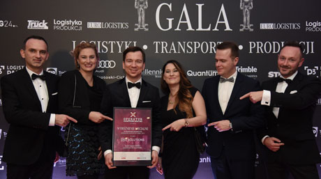 DSV Poland at award ceremony accepting special award for the Highest Quality Warehouse Logistics