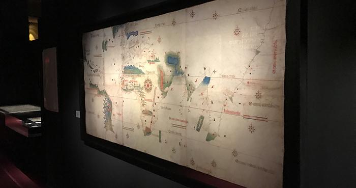 mapamundi exposicion primera vuelta al mundo museo naval madrid