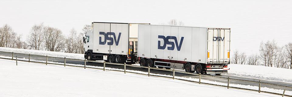 Trailer on snowy road