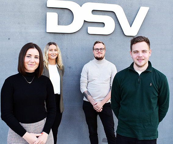 Young DSV trainees