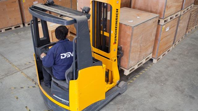 Consumer products logistics solutions brochure