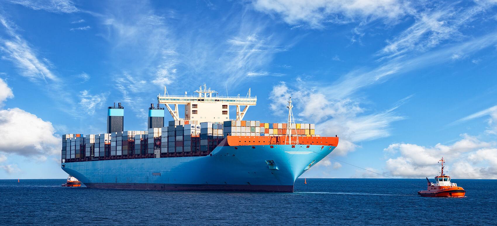 Fra 1. januar 2020 træder IMO 2020 i kraft, hvilket pålægger rederierne at bruge den grønnere og dyrere fuelolie med højst 0,5% svovl.