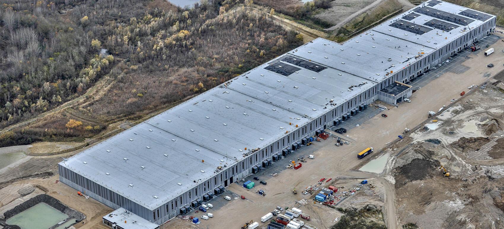 DSV stiller helt nye lagerfaciliteter til rådighed for Dansk Røde Kors' katastrofeenhed