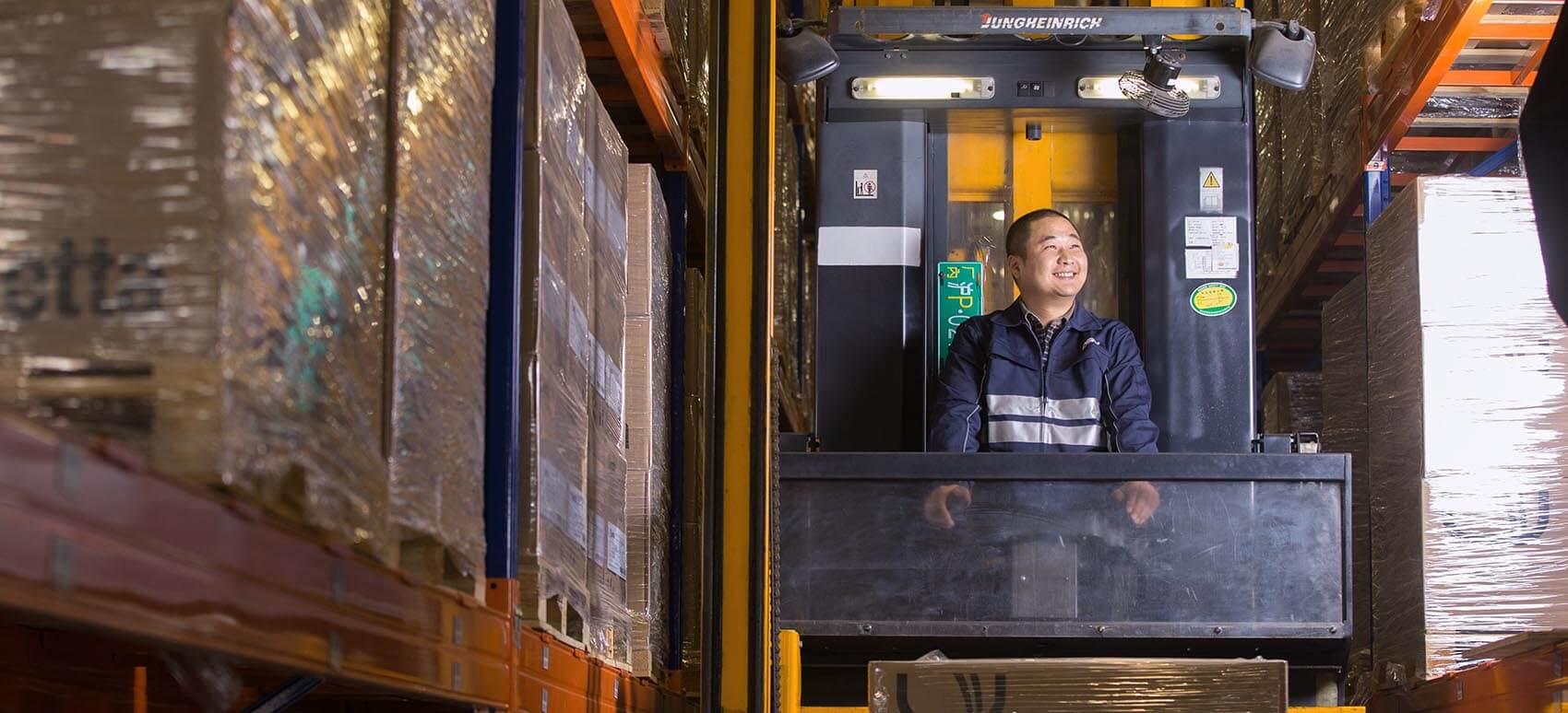 DSV's online webinar stiller skarpt på import og eksport til Kina og ruster dig til, når Danmark åbner op.