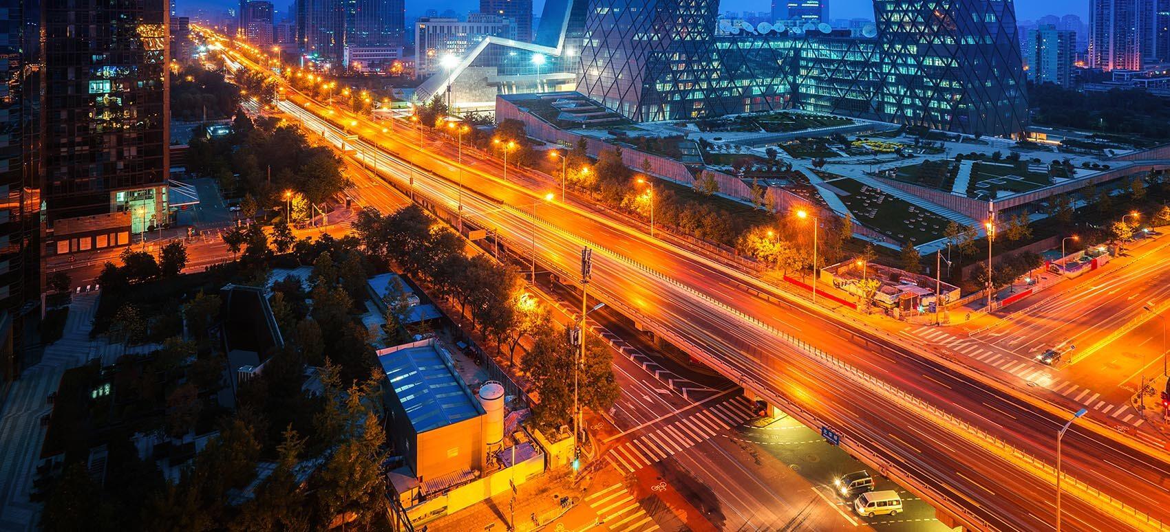 Har du import fra Kina, er vejtransport lige nu et stærkt alternativ til luftfragt, der er udfordret af store eksportmængder og knap kapacitet.