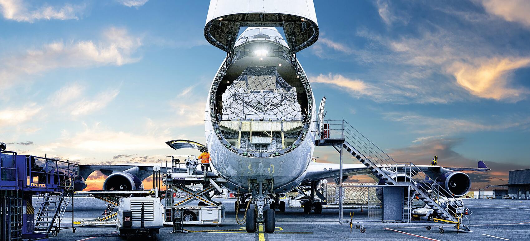 DSV's charter-netværk udvider luftbro mellem Kina og Europa