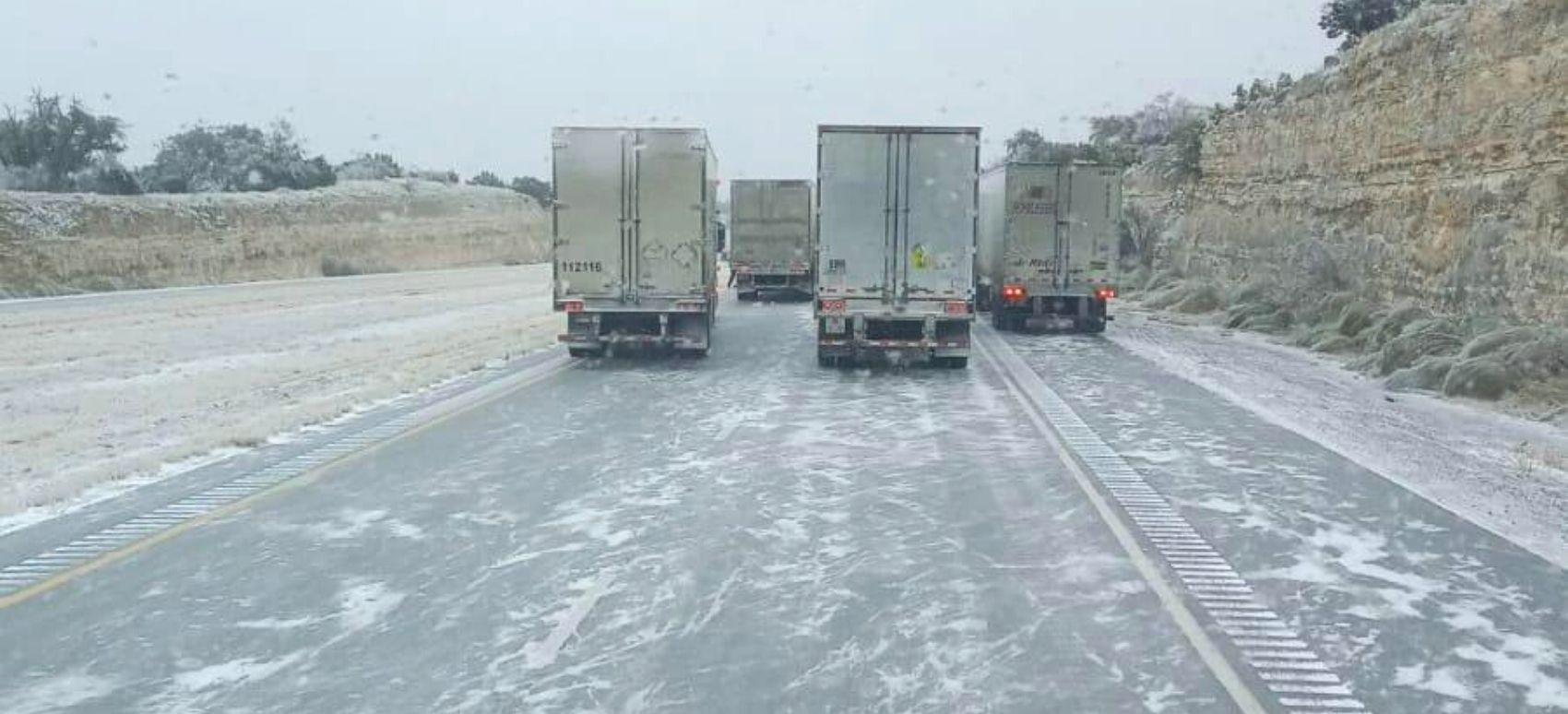 Retrasos en los movimientos de carga por bajas temperaturas en el norte de México y en Texas