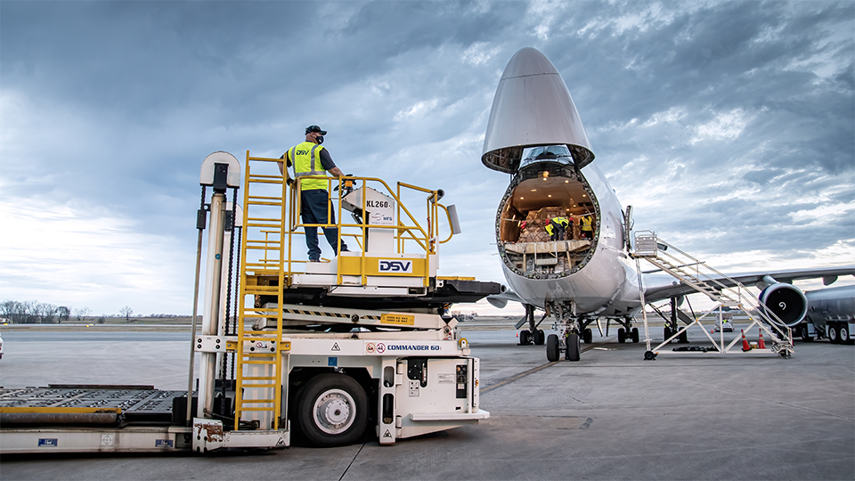 dsv panalpina acquires agilitys global integrated logistics business