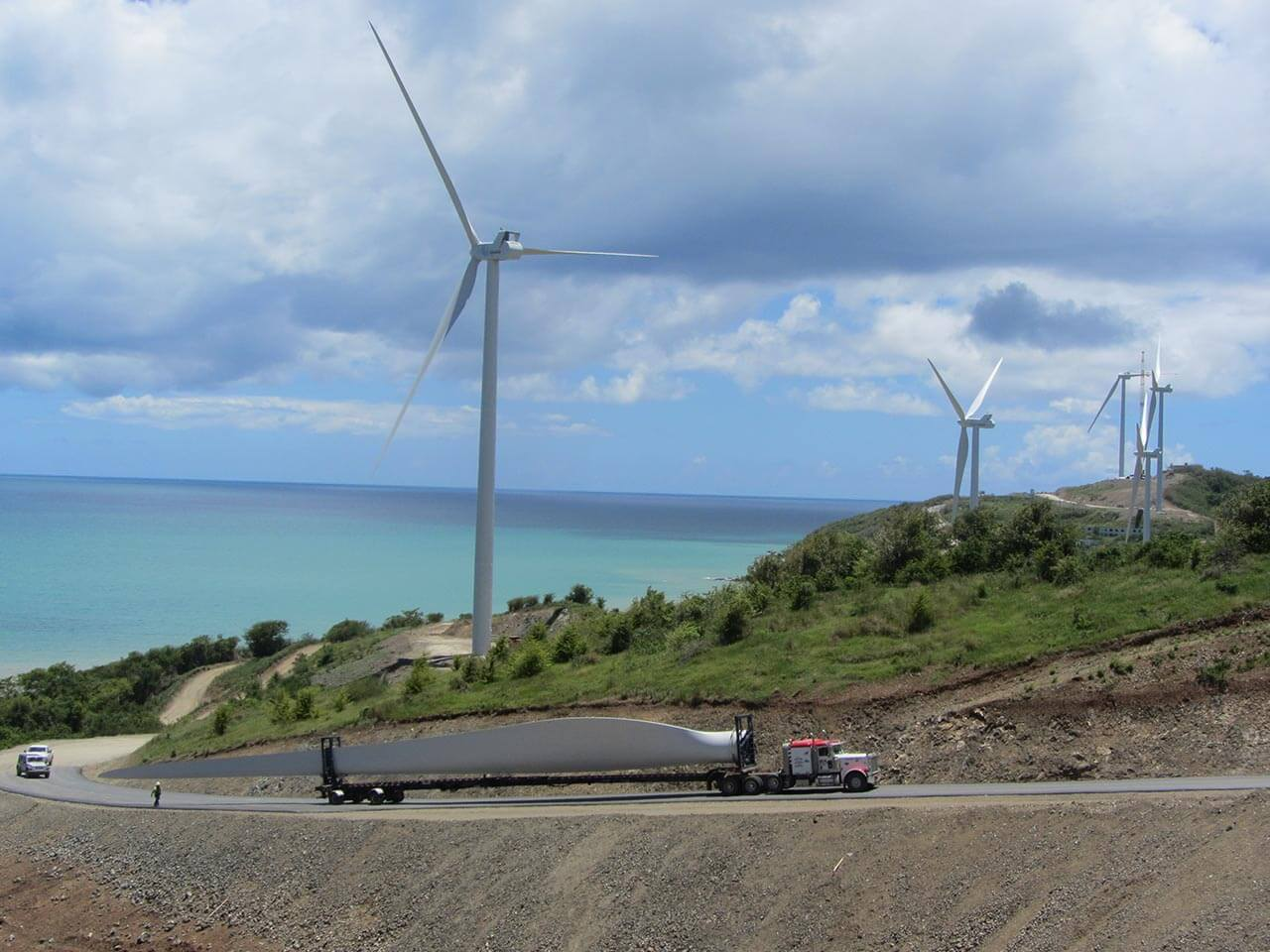 Transport your energy project to any destination worldwide
